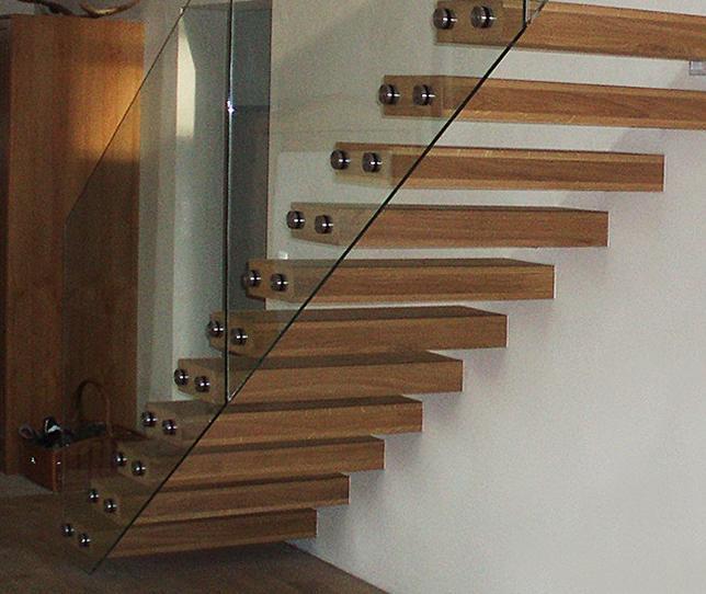 aktion kragarmtreppe. Black Bedroom Furniture Sets. Home Design Ideas